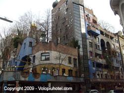 Altra veduta delle Hundertwasserhaus