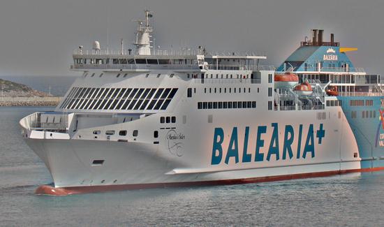 Nave Balearia da Ibiza a Formentera