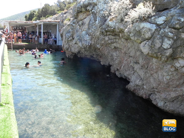 Black Island a Bodrum piscina con acque minerali