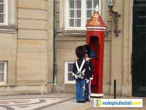 Il cambio della guardia a Copenaghen