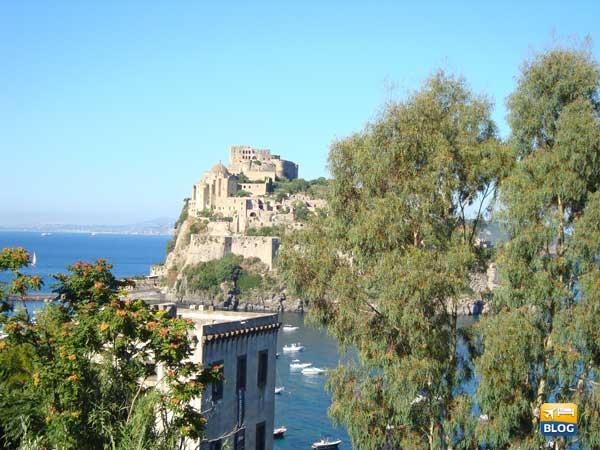 Veduta del Castello Aragonese da Cartaromana