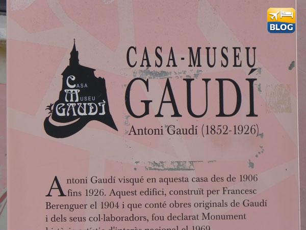 Cartello all'entrata della Casa Museu