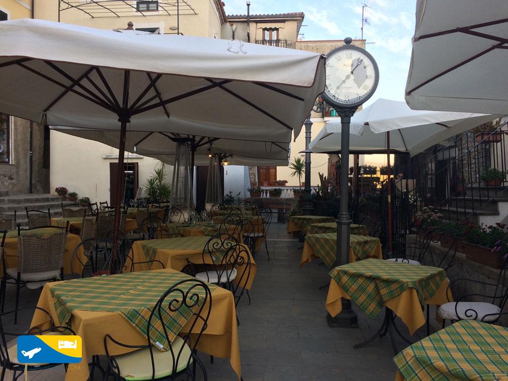 Piazza X Ottobre a Castellabate