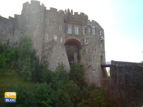 Facciata del Castello di Dover