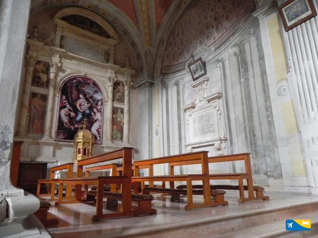 Interno chiesa di Campli