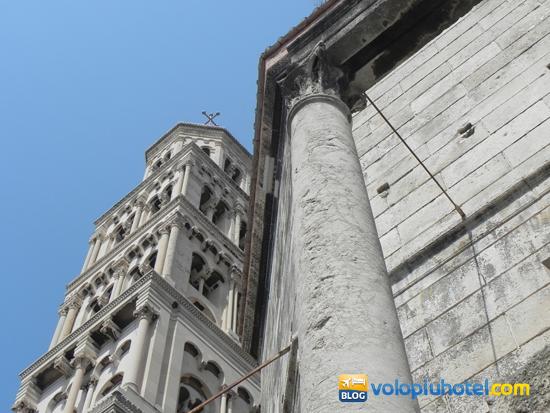 Campanile e parte della cattedrale