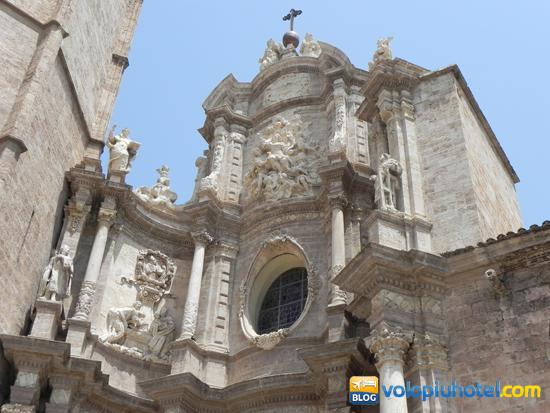 Facciata della Cattedrale di Valencia