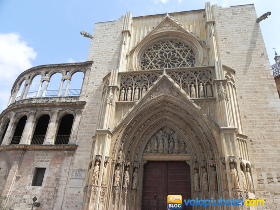 La porta della Cattedrale di Valencia
