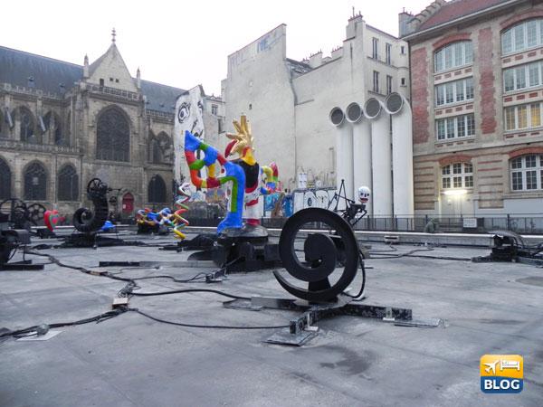 Fontana all'esterno del Centro Pompidou