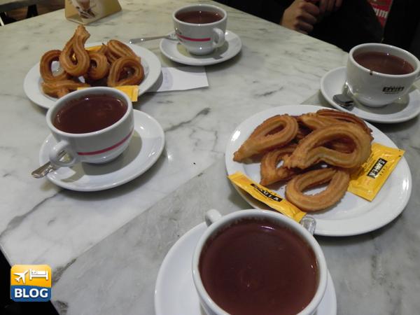 Churros e cioccolata calda in Spagna