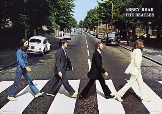 La copertina del disco di Abbey Road dei Beatles
