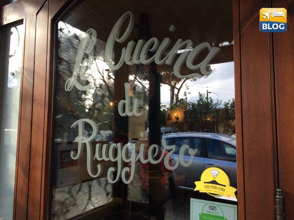 Insegna della Cucina di Ruggiero