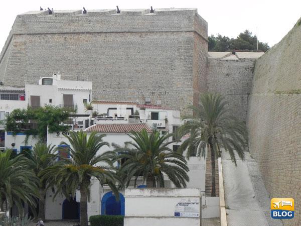 I cannoni del castello di Ibiza
