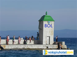 Faro di Bol