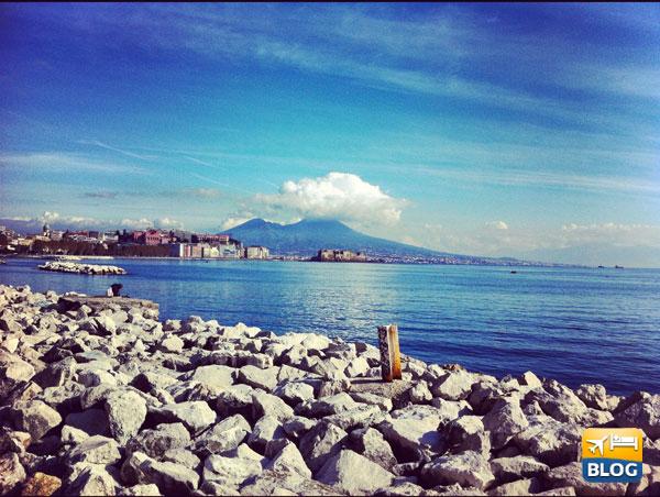 Napoli veduta dal lungomare