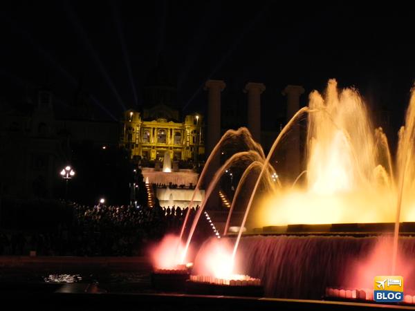 Lo spettacolo della Fontana Magica di Barcellona