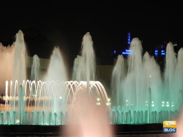 I giochi di colori della Fontana Magica di Montjuic