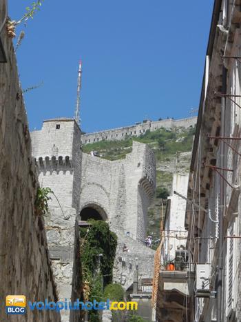 Fort Imperial visto dalla città