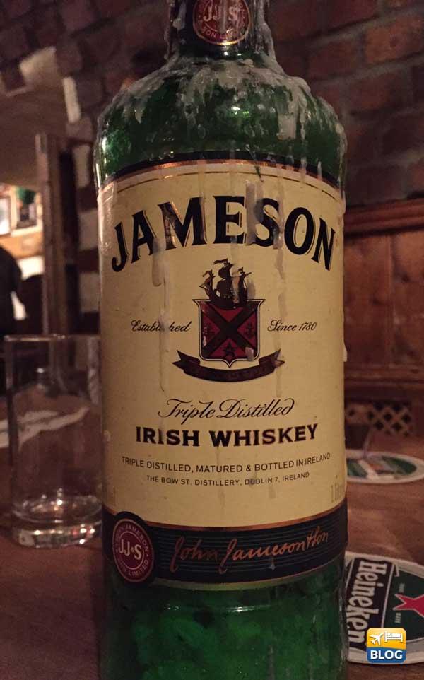 Bottiglia di Jameson Whiskey irlandese