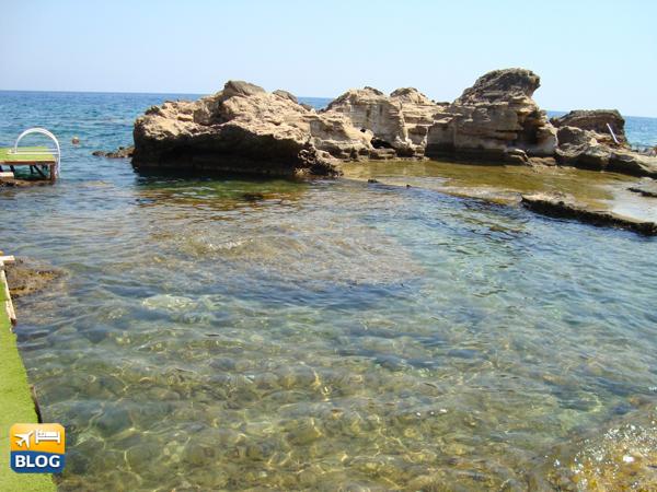 Acqua limpida di Kalithea a Rodi