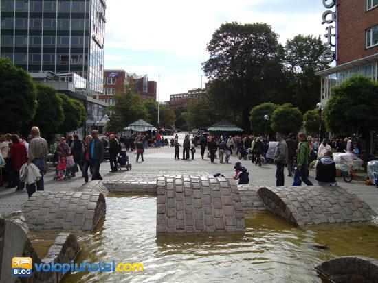 La piazza Alter Markt a Kiel