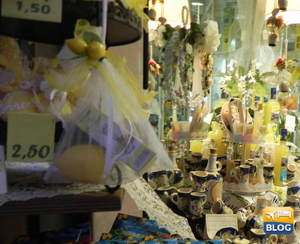 Negozio di souvenir a Sorrento