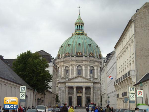 Facciata della Marmorkirken a Copenaghen