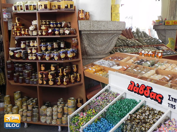 Altro banco del mercato delle spezie a Kos