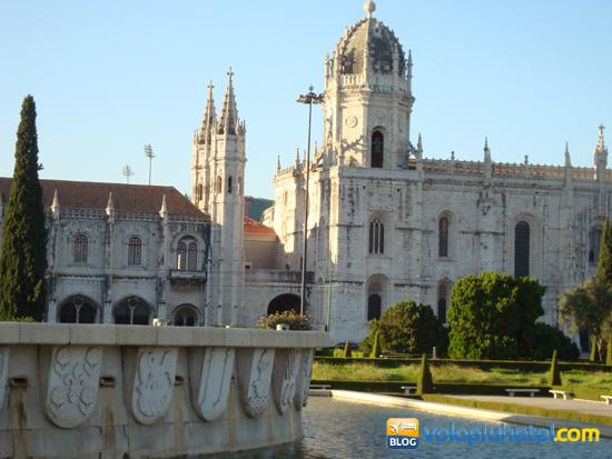 Veduta del Monastero dos Jerònimos a Lisbona