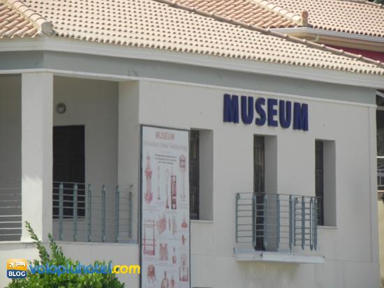 Il museo di antichi strumenti a Katakolon
