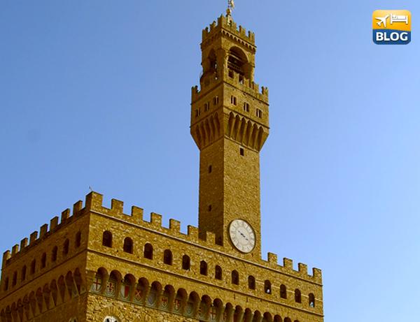 Palazzo Vecchio e la Torre di Arnolfo a Firenze