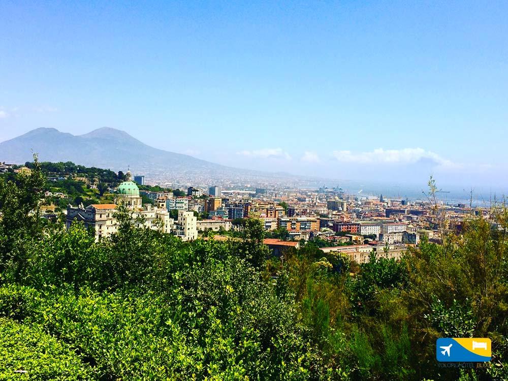 Il Vesuvio visto dal Parco del Poggio