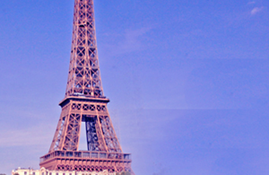 La torre Eiffel al tramonto