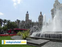 Piazza Ayuntamiento a Valencia