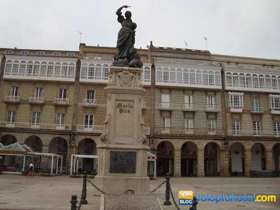 Piazza Maria Pita