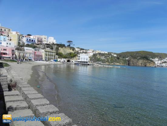 Spiaggia di Sant' Antonio a Ponza