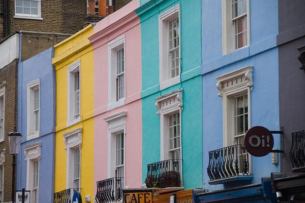 Case colorate a Portobello Road