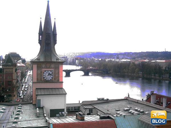 Panoramica di Praga con Ponte Carlo