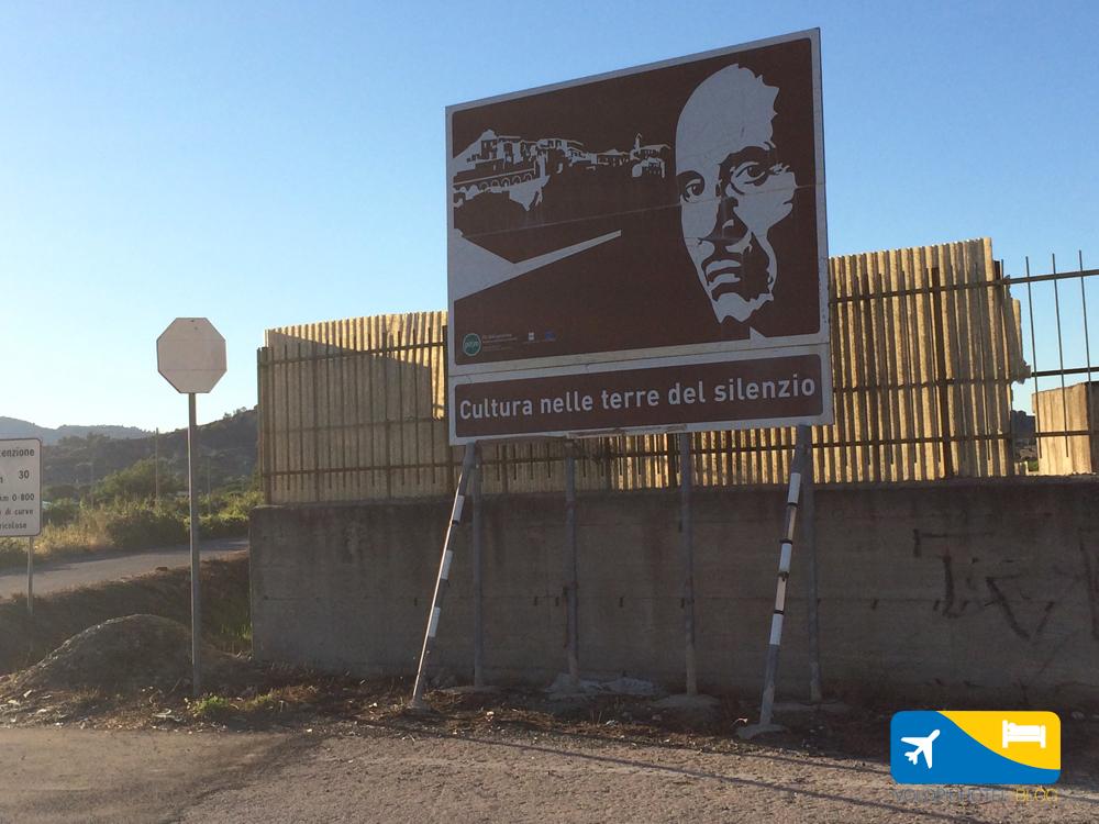 cartello nei pressi di Tursi