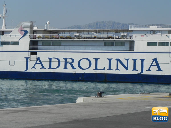 Un traghetto Jadrolinija da Spalato a Brac