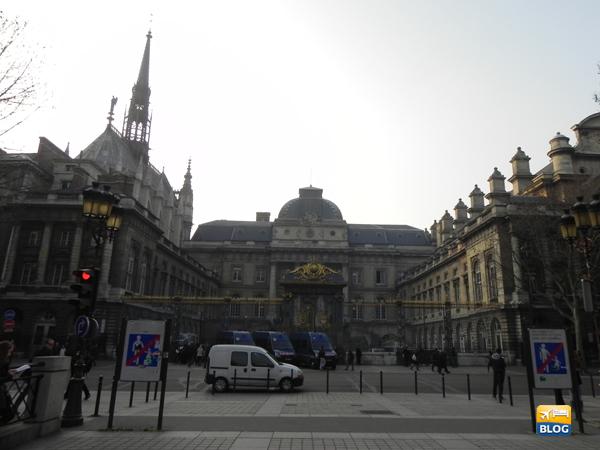 Esterno della Saint Chapelle da Notre Dame