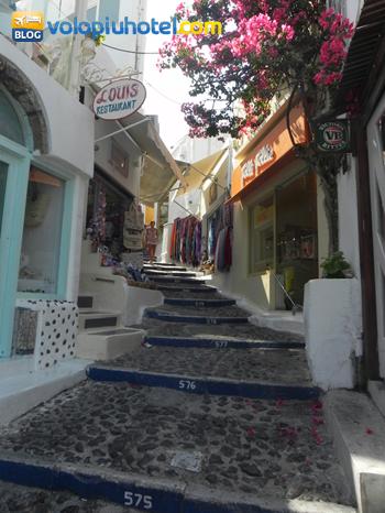 i 600 gradini di Santorini
