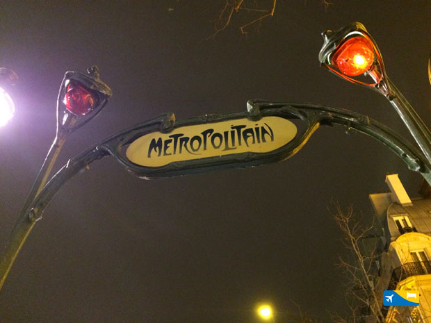 Fermata metropolitana a Parigi