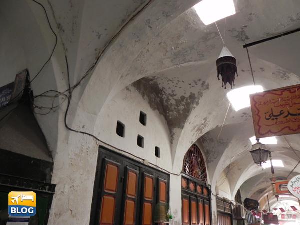 Le volte che coprono il Souk di Tunisi