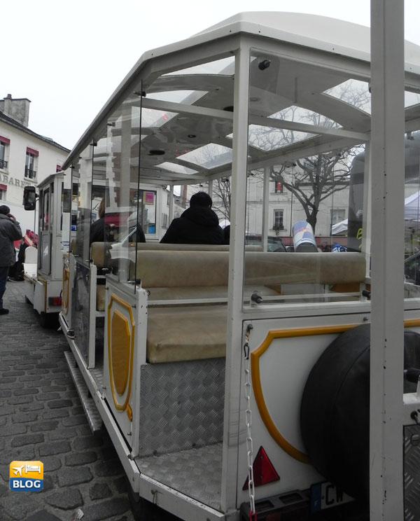 Treno turistico di Montmartre a Parigi