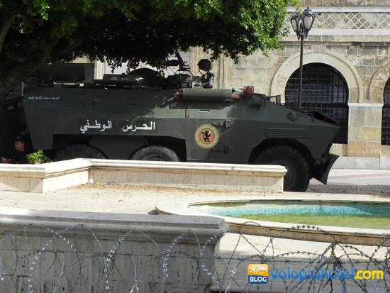 Tunisia Carri armati durante guerra civile
