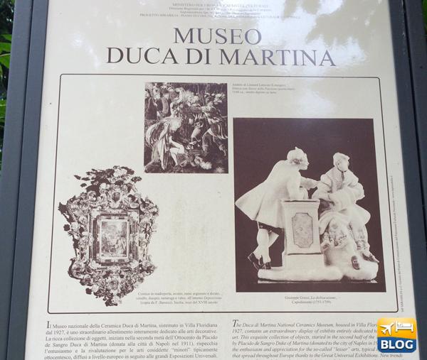 Tabella fuori al Museo Duca di Martina