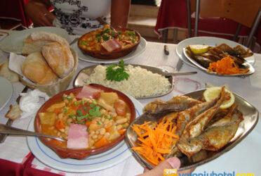 Mangiare al Barrio Alto a Lisbona