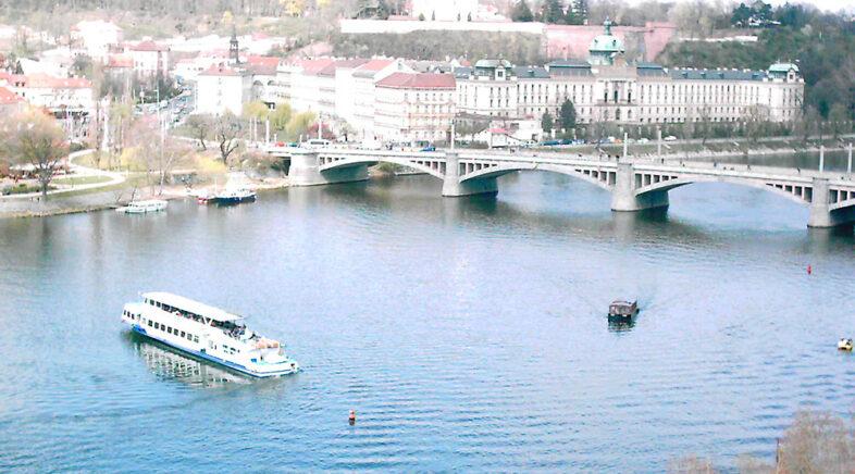 Escursioni sulla Moldava a Praga emozioni e divertimento