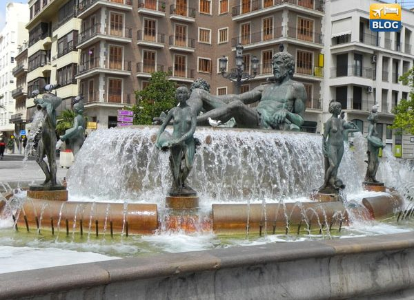 Visitare la fontana del Rio Tùria a Valencia